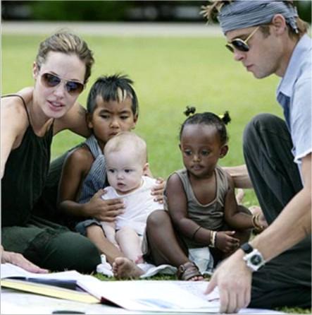 Family Brad Pitt Cambodia