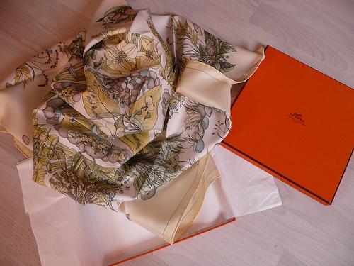 scarf silk Hermes