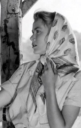 scarf Grace Kelly